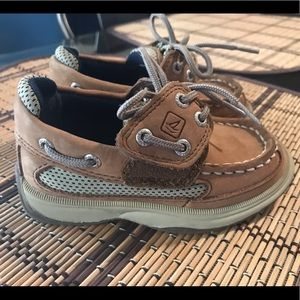 Toddler boys Sperry boat shoes size 7m